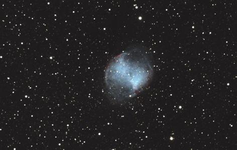 """<a href=""""http://saplimoges.fr/limage-du-mois-de-decembre-2012-la-nebuleuse-planetaire-dumbbell/""""><b>M27 / Nébuleuse Dumbbell (© 2012 Daniel Debord, saplimoges)</b></a>"""