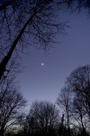 Rapprochement Jupiter Lune Vénus du 26 février 2012 (© 2012 Denis Lefranc, saplimoges)