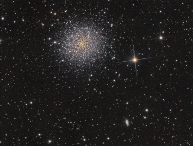 Le Grand Amas d'Hercule ou M13, traitement Pixinsight (©2013 Jean-Pierre Debet, saplimoges)