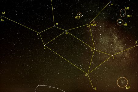 """<a href=""""http://saplimoges.fr/limage-du-mois-daout-2012-la-constellation-du-sagittaire/""""><b>Le Sagittaire (© 2012 Michel Vampouille, saplimoges)</b></a>"""