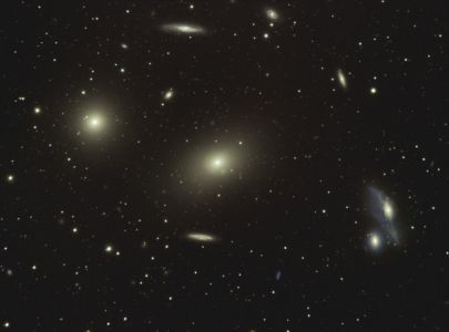 Amas de galaxies Virgo (© 2012 Jean Pierre Debet, Saplimoges)