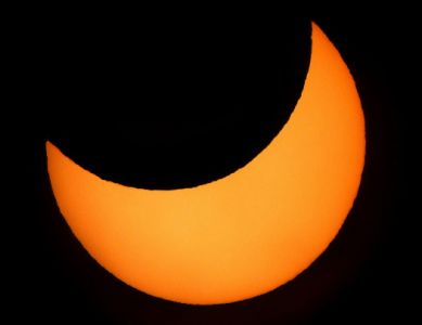 Éclipse de Soleil du 4 janvier 2011 (© 2011 Michel Vampouille, saplimoges)