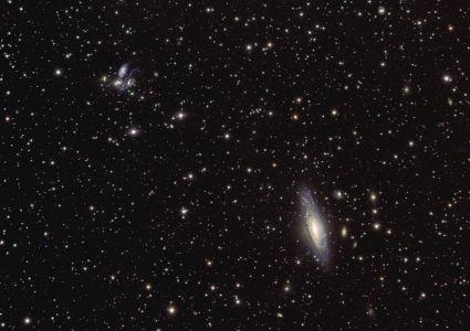 NGC 7330 + Quintette de NGC 7330 + Quintette de Stephan (© 2011 Jean Pierre Debet, saplimoges)