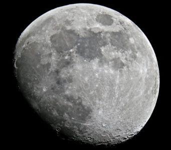 La Lune gibbeuse (© 2007 Daniel Debord, Saplimoges)