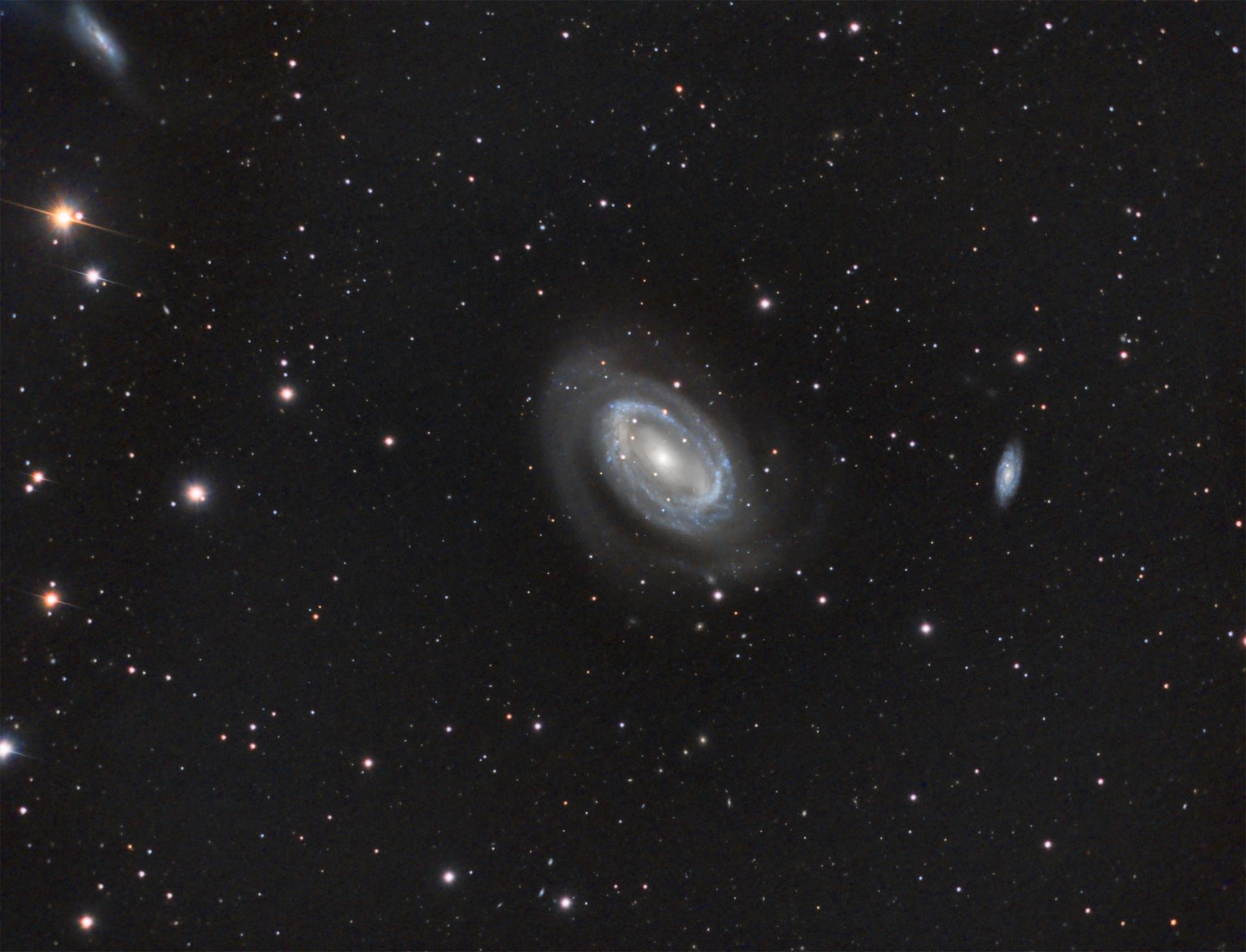 NGC4725hr
