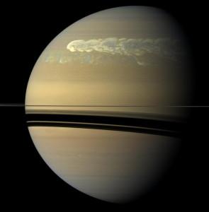 Enorme orage : sonde Cassini, été 2011