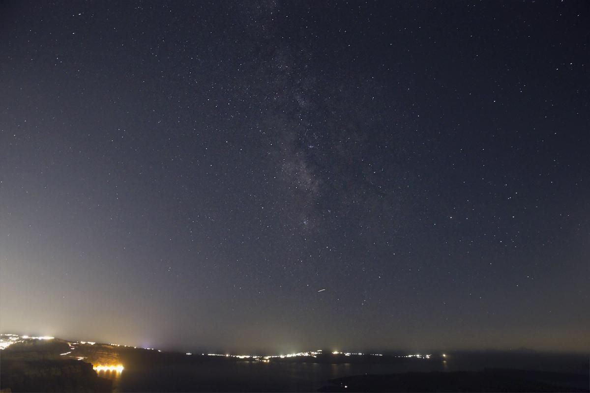Voie Lactée au dessus de Santorin